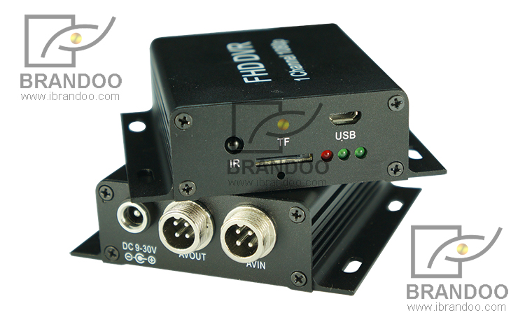 1080P DVR 3118B front and rear panel