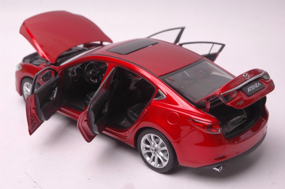 Mazda Atenza car model in scale 118 r 7