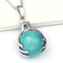 Kraft-beads Popular Silver Plated Green Turquoises Round Stone Hand Pendant Link Chain Choker Necklace Fashion Jewelry