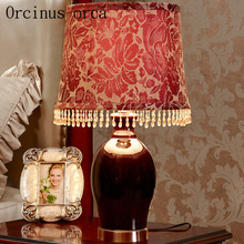 American retro luxury wedding room lamp bedside lamp European warm creative red ceramic lamp free shipping(China)