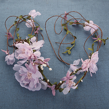 1 Piecs The Bride Headdress Garland Hand Woven Rattan Flower Hair with Marriage Yarn Accessories Other Hair Bag Mail Pictures