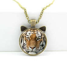 CN-00444 2017 New Tiger Pendant Necklace Tiger Glass Jewelry Man Fashion Bronze Pendant Necklace