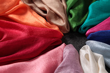 2016 Luxury Solier Color Scarf Plain Shawl Fashion Floral Scarves Netherlands Linen Scarf Nice Muslim Hijabs Hot Sale(China)