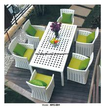 Modern White Rattan Table Chair Set 6 Piece Furniture Suite Outdoor Rattan Garden Beach Wicker Furniture Chair Table Set HFC001