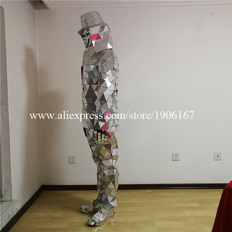Mirror man 06