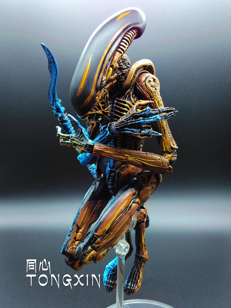 2016 European And American Predator Alien Dog Joint War Movies May Even Touching Hand Model Ornaments K63<br>