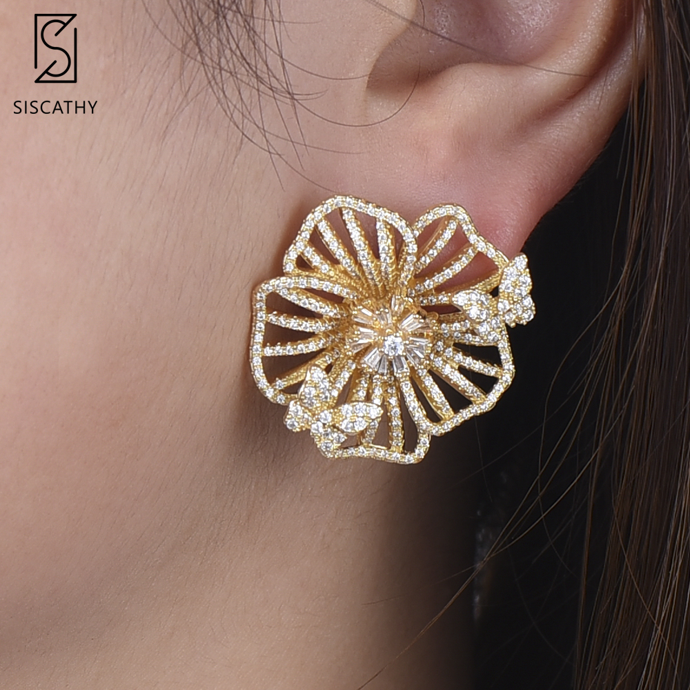 Siscathy 32*33mm SISCATHY Luxury African Dubai Flower Hollow Stud Earrings Cubic Zirconia Inlaid For Women pendientes mujer moda
