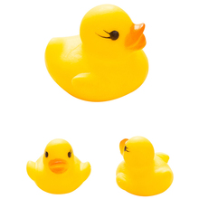 2015 Sound Yellow Rubber Ducks Baby Baby Pinch Bathing Water Early Education Puzzle Toys(China)