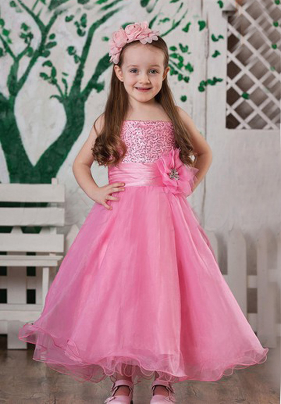 Formal Beading Ruffles Flower Girl Dress Backless Back Zipper Ball Gowns Vestidos Glitz Spaghetti Straps Pink Quinceanera Gowns<br><br>Aliexpress