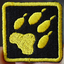 Black Yellow Bear 's footprint applique iron-on patch