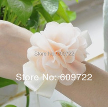 Prom Fabric Handmade Artificial Rose Boutonniere Wedding Church Decor Bride Wrist Corsage Flower Bracelet Champage 3 Color FL141(China)