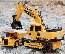 The best kids toy large RC car remote control engineering truck excavator wireless rc excavator toy car digging machine boy toys(China)