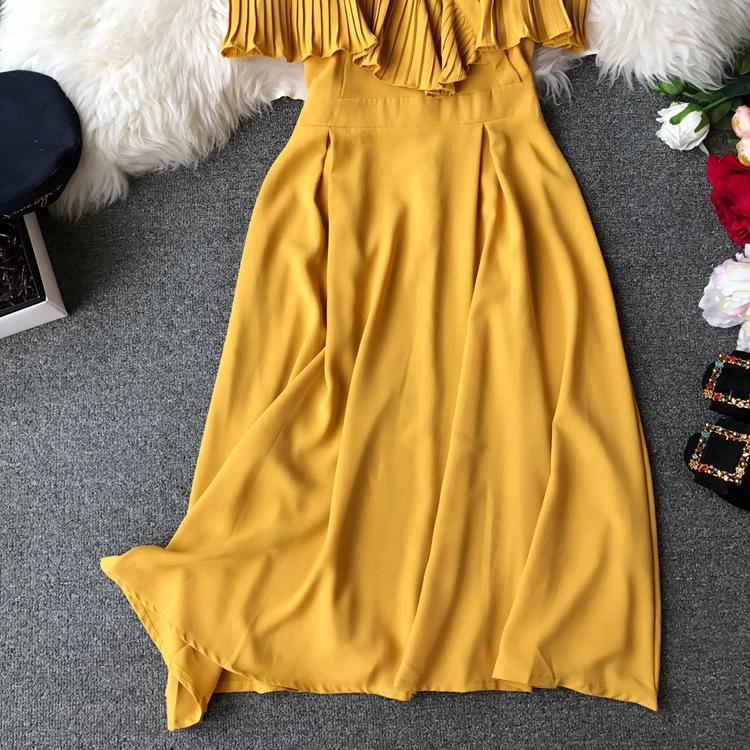 2019 Spring Women Chiffon Pleated Braces Sling Spaghetti Strap Goffer Long Dress Ladies Ruffles Empire Drapped Swing Slip Dress 206