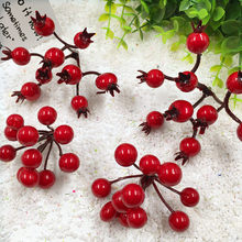 10 PCS / 90 head of artificial mini berries false pomegranate red cherry stamens wedding Christmas decorations arts and crafts