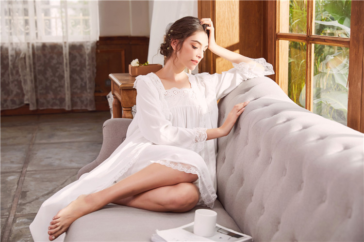 2018 New 2 Piece Robe Set Lace Chemise Full Slips with Victorian Robe Retro Palace Robe Gown Set GT046 30