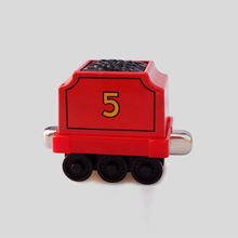 """James"" 's truck Diecast Magnetic THOMAS and friend ""NO.5 ""The Tank Engine take along train metal child kids toy"