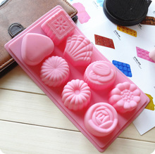 silicone Cake Pan 8 even flower shape bottom right love handmade soap pudding ice skin moon cake mold(China)