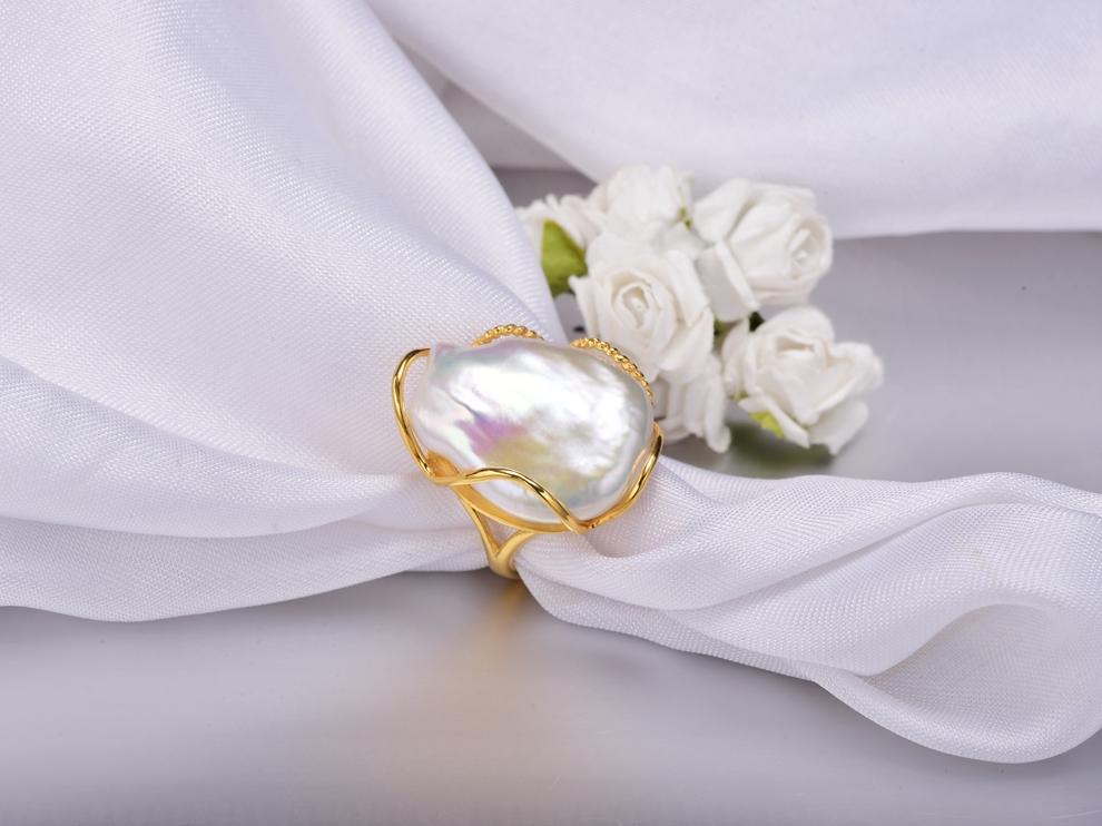 huge baroque pearl ring (3)