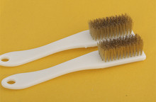 6 rows of copper wire brush plastic handle text play brush King Kong walnut Bodhi olive nuclear sculpture clean dust removal(China)