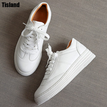 2017 Women White Shoes Autumn Winter Soft Comfortable Casual Shoes Flats Platform Sneakers Real Leather Shoes Sapato Feminino(China)