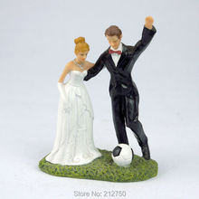 Free shipping bride groom football fan fashion wedding cake toppers supplies