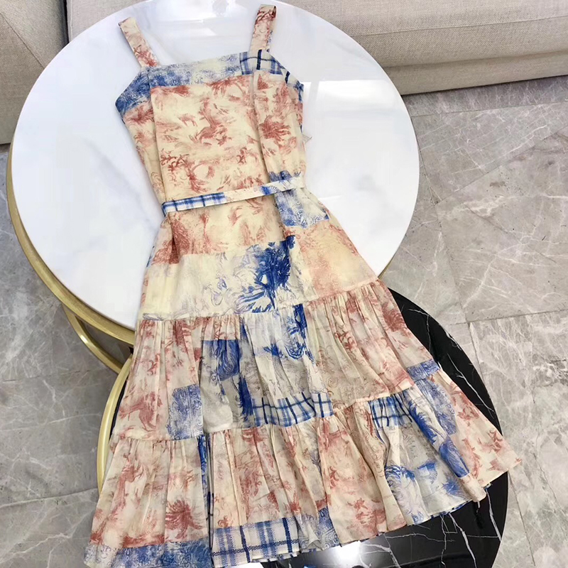 Retro Vintage Floral Printed Dresses Elegant Spaghetti Strap Dress with Square Collar Plaid Ruffle Hem Dress High Fashion
