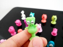 50pcs/lot Stikeezse Kids Child Cartoon Ocean Animal Action Figures Toys Mini Monster Sucker Suction Cup Capsule Models Collector