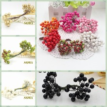 Cheap 50 heads 8mm Berry Bacca Artificial Flower For Wedding Decoration DIY Scrapbooking Decorative Wreath Fake Flowers