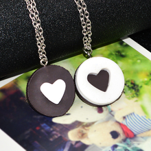 Hot Fashion Resin Cartoon Chocolate Cookies Necklace for Girls Children Kawaii Biscuit Silver Chain Necklaces & Pendants 2pcs