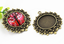 Buy New Fashion 5pcs 25mm Inner Size Antique Bronze Flowers Style Cabochon Base Setting Charms Pendant (A5-04) for $1.48 in AliExpress store