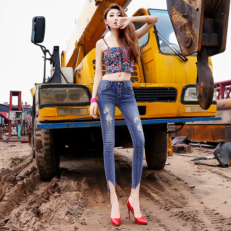 2017 summer new top fashion hole ripped vintage button fly low waist women jeans cotton ankle length pencil sheath trousers D107Одежда и ак�е��уары<br><br><br>Aliexpress
