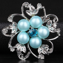 New Design 2016 Silver Plated Iimitation Pearl Flower Brooch Broches For Women Rhinestone Crystal Cheap Brooches Pins Wholesale