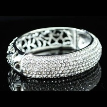 Vintage Style Bridal Wedding Party Pageant Bangle Bracelet use Sparkling Austrian Crystal CB042