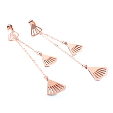 2017 new Scallop in Shell titanium plating rose gold color earrings female fashion retro fan Tassel Earrings(China)