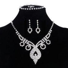 4pcs/lot Hot Selling Rhinestone Crystal Necklace Earrings and Bracelet Ring Wedding Jewelry Sets Wedding Accessories