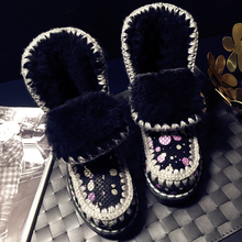 2018 autumn and winter new sheepskin one snow boots velvet female short boots(China)