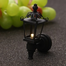 Retro Miniature Ornaments LED Electronic Street Lamps Doll House Toys Photography Props Plastic Craft Christmas Gift Kids Decor