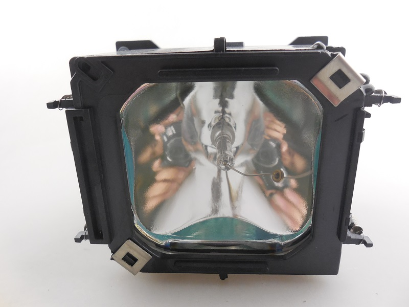 Replacement Projector Lamp With Housing ELPLP28 / V13H010L28 For EPSON EMP-TW200/EMP-TW200H/EMP-TW500/V11H139040DA<br>