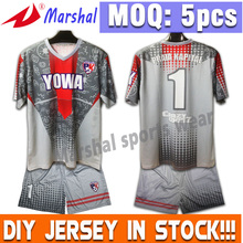 100% Polyester OEM Supply Unisex Jerseys Sublimation Team Kits Football Wear(China)