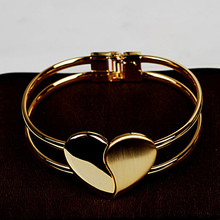 Mrs Keen form love bracelet chain women jewelry gift products sell like hot cakes