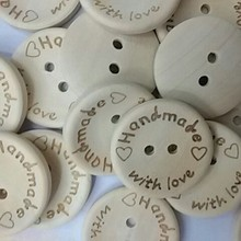 New 100Pcs/ Lot Handmade with love Buttons Scrapbooking Sewing Button Natural Wood 25mm 20mm 15mm Free Shipping