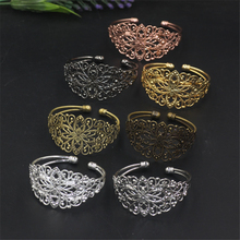 5 Pieces Wholesale Metal Bangles Brass Material 7 Colors Plated Vintage Flower Bangle(China)