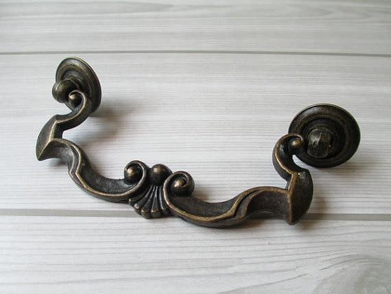 4 1/4 Dresser Pulls Drawer Pull Handles Antique Bronze Rustic Cabinet Pulls Handle Knobs Furniture Door Hardware Drop Swiing<br><br>Aliexpress