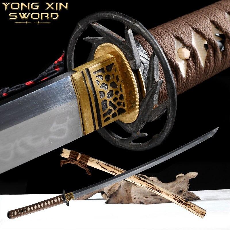 CLAY TEMPERED FOLDED STEEL BLADE JAPANESE KATANA TIGER TSUBA SWORD REAL YOKOTE
