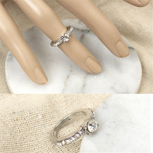 Hot sell cheap fashion silver plated Crystals Engagement Rings & shiny Round Cut Cubic zircon female finger rings jewellery
