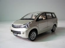 Kyo sho OEM 1:43 2011 TOYOTA Avanza G boutique alloy car toys for children kids toys Model bulk freshipping