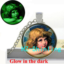 New Fashion Glowing Angel Necklace Christmas Jewelry Gifts For Girl Angel Pendant Jewelry Glow in The Dark Necklace