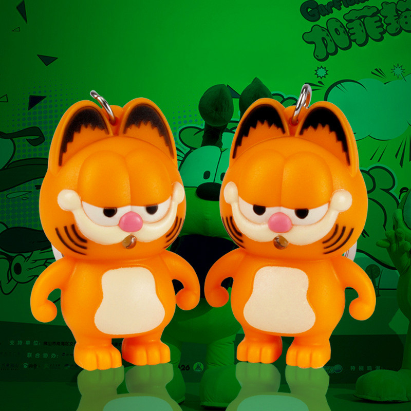 Garfield LED sound and light Keychain creative cartoon car mobile phone pendant flashlight doll key chains free shipping 614(China (Mainland))