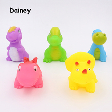 2017 1PCS Bath Toys in the Bathroom Baby Toy for Children Water Spray Animals Soft Rubber Toys Dinosaur for Boys Girls MYT07(China)