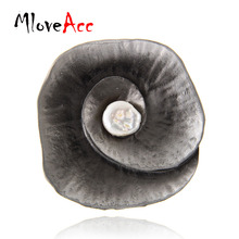 MloveAcc Popular Country Style Round Vintage Brooches & Pins Jewelry Simulated Pearl Brooch For Women Dress Scarf Accessories